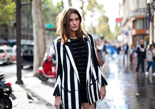 Paris Fashionweek 2012, rue du scribe, outside Balmain, black dress, block stripes, black and white, black and white stripes