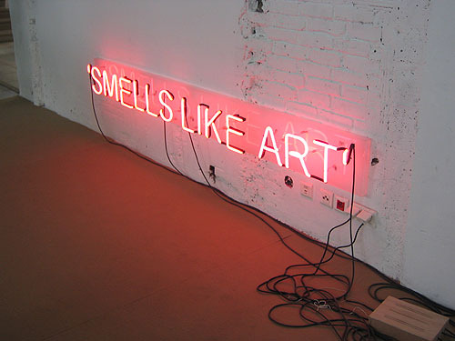 SMELLS LIKE ART