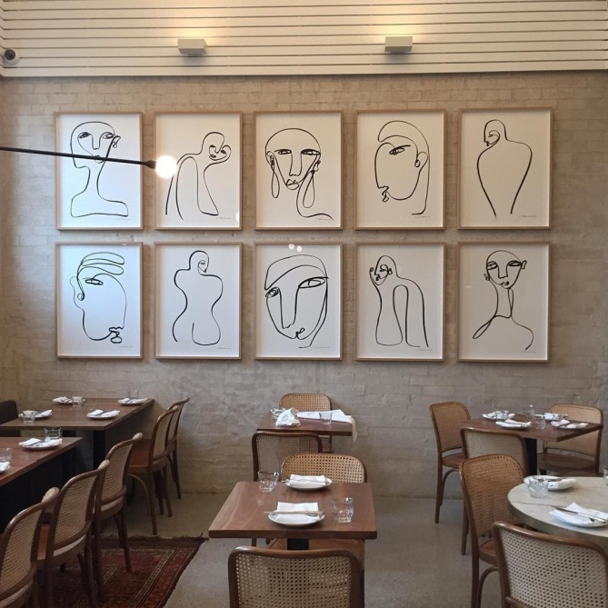 RESTAURANT LINE ART WALL