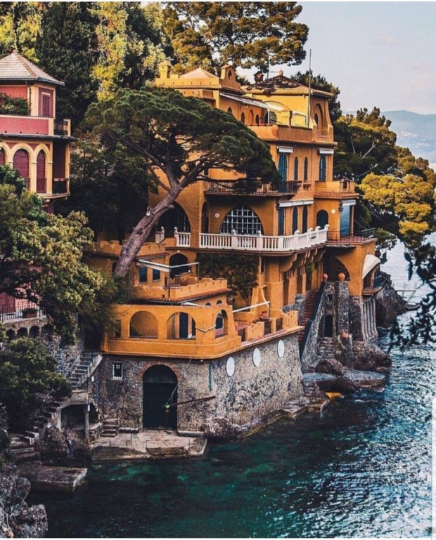 yellow cliff home